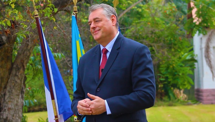 Photo of L' Ambassadeur de France  pour l'amélioration du climat des affaires en RDC