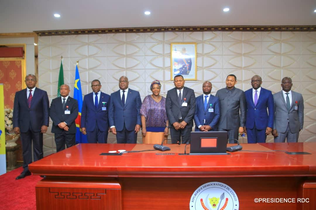Photo of Félix Tshisekedi reçoit officiellement les symboles des 9e Jeux de la Francophonie